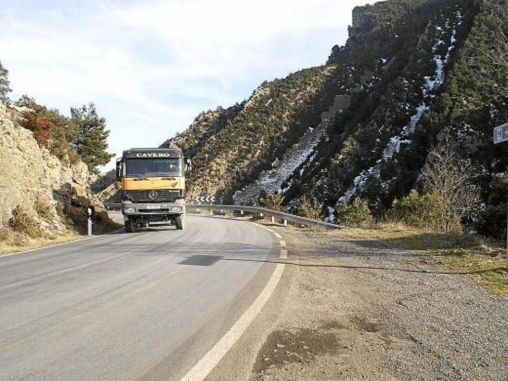 El congosto de Jánovas se salvará con un túnel de 1.630 metros y después la vía cruzará el río Ara.