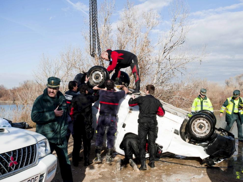 Momento en el que recuperaron su vehículo