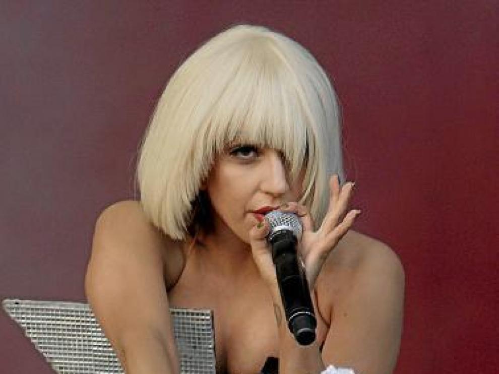 Lady Gaga estrenó ayer su nuevo sencillo, 'Born this way'.