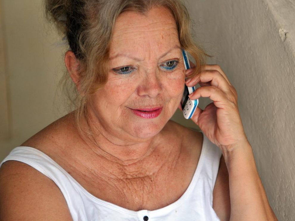 Su esposa Laura Pollán habla con él por teléfono