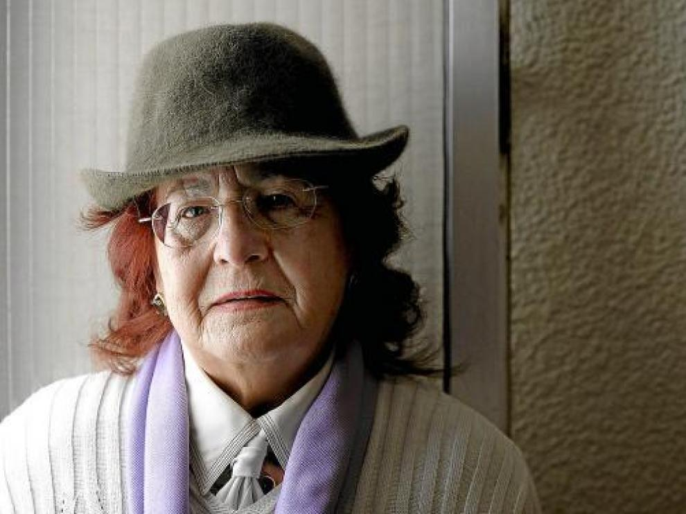 María Domínguez cuenta su vida con un maltratador para animar a no desistir.