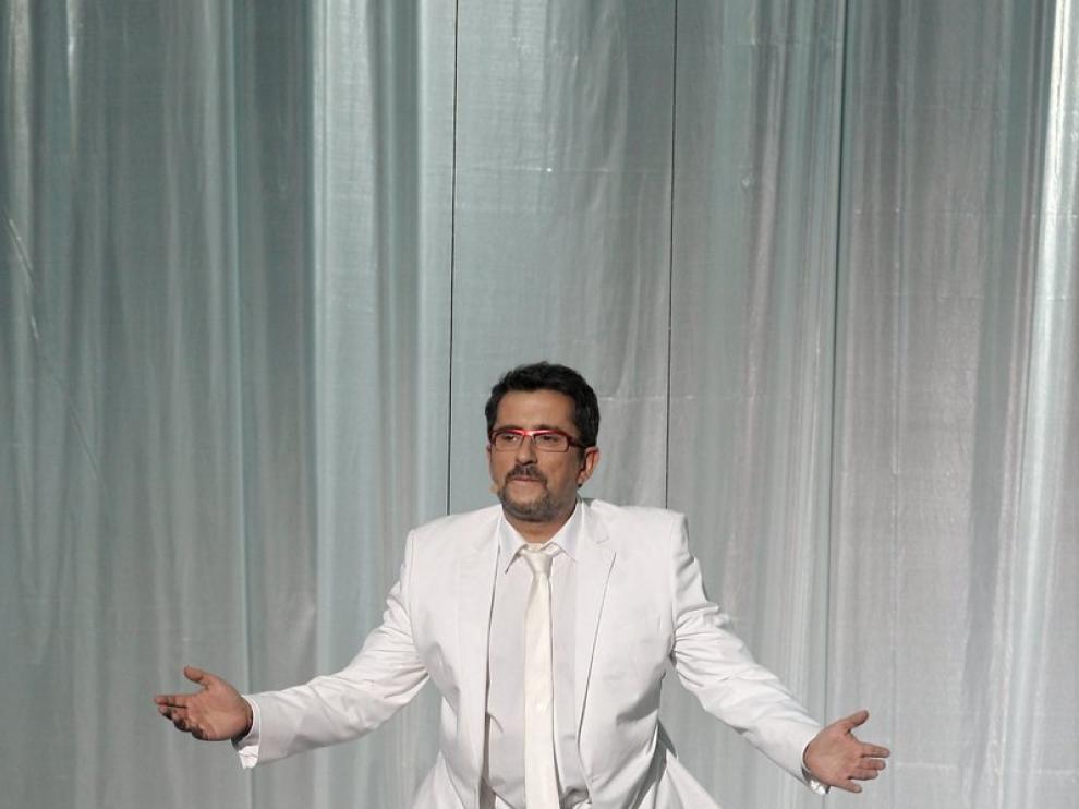 Andreu Buenafuente descendió hasta el escenario emulando ser un angel