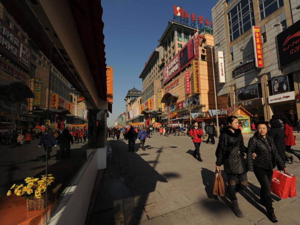 Compradores chinos en Pekín.