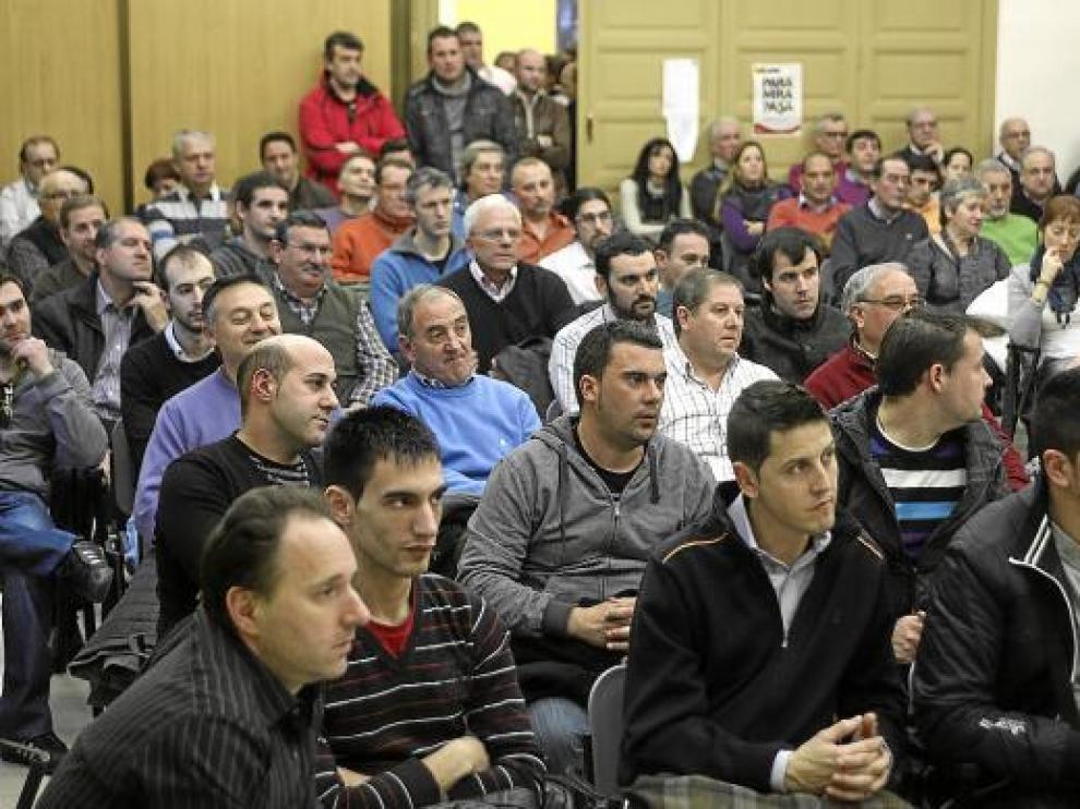 Casi toda la plantilla de Vitrex acudió en pleno a la reunión con Gutiérrez Arrudi Abogados, ayer en UGT.