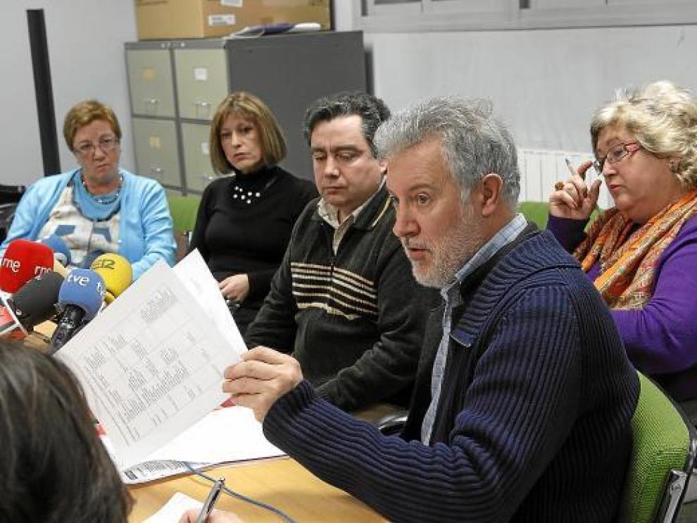 Los representantes de los cinco sindicatos de la Mesa Sectorial explicaron ayer su postura.