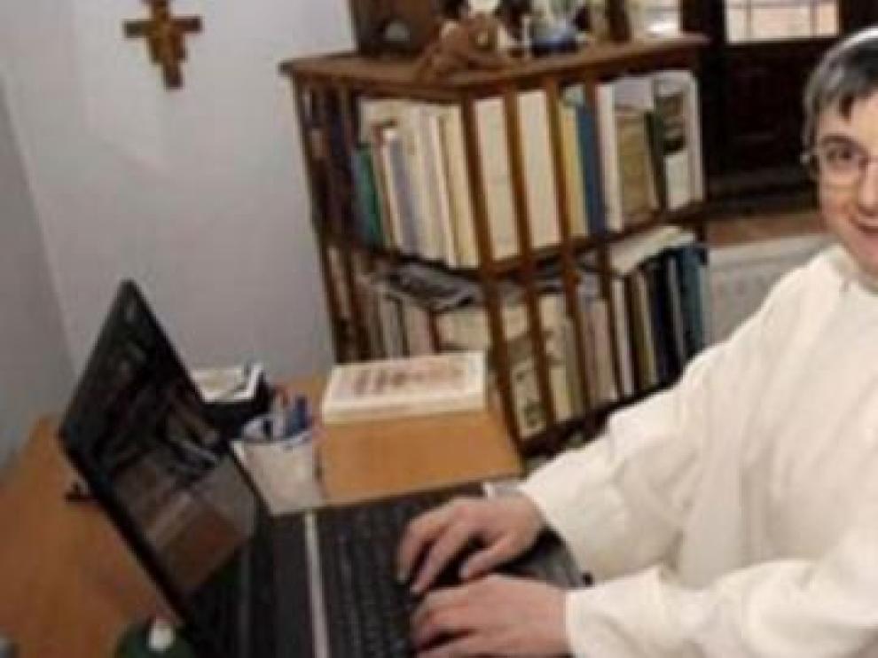 Echan del convento a 'Sor Internet' y se apunta al paro