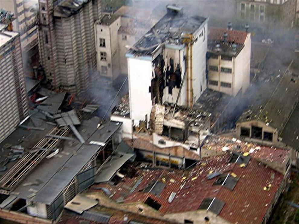 Vista aérea del día después de la explosión