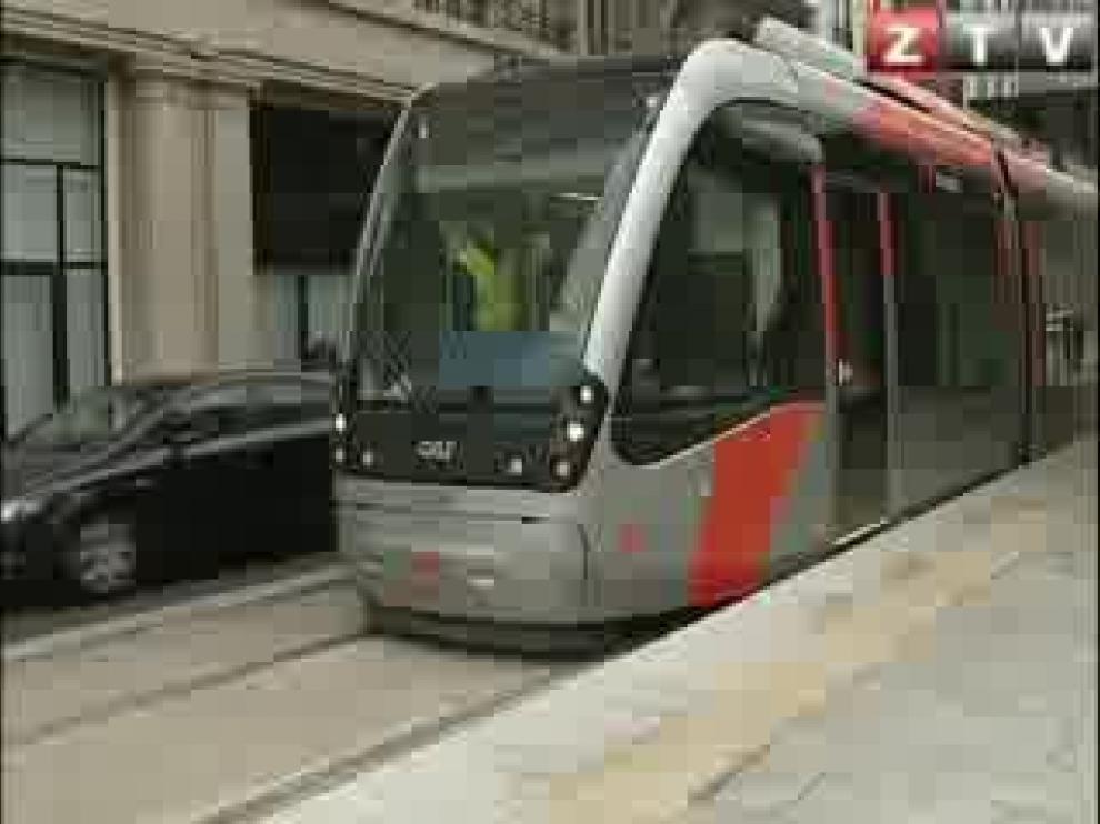 Un panel con leds rojos informará en tiempo real de la llegada del tranvía