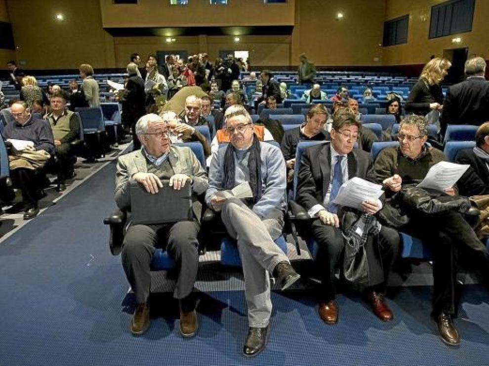 Imagen del comité nacional del PAR en el que se aprobó el reglamento del congreso.