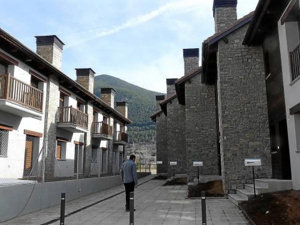 Los cooperativistas de Villanúa ya han estrenado las viviendas en las que tanto esfuerzo han invertido.