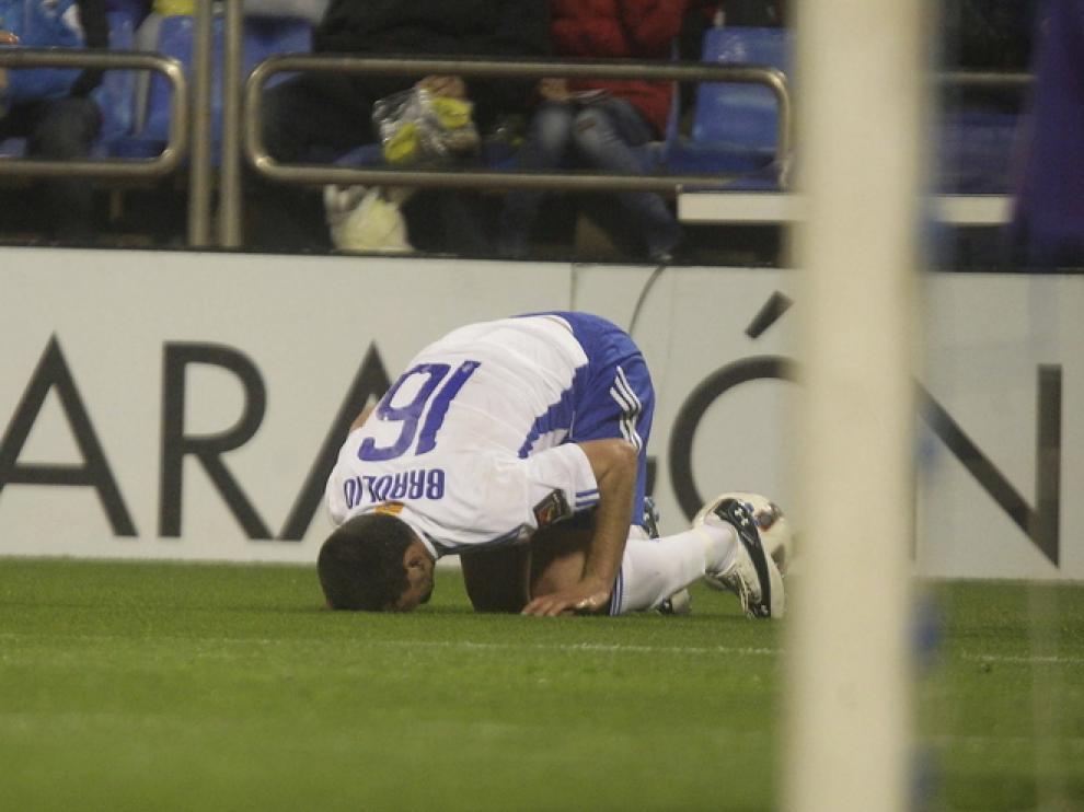 Leo Franco lamenta el gol marcado por el Atlético de Madrid.