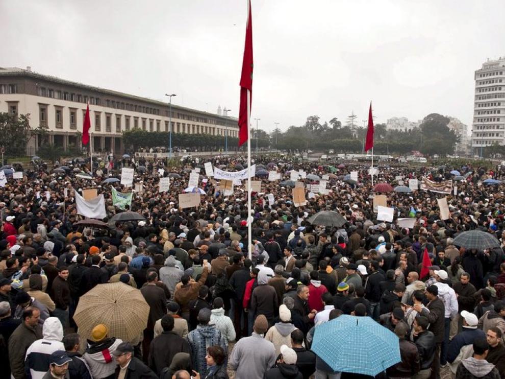 Miles de manifestantes salieron a la calle en Casablanca