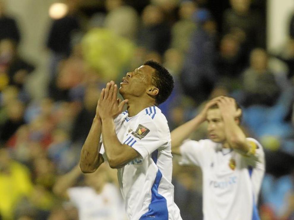 Uche se lamenta tras enviar al larguero su remate del sábado ante el Atlético de Madrid en los últimos minutos del partido.