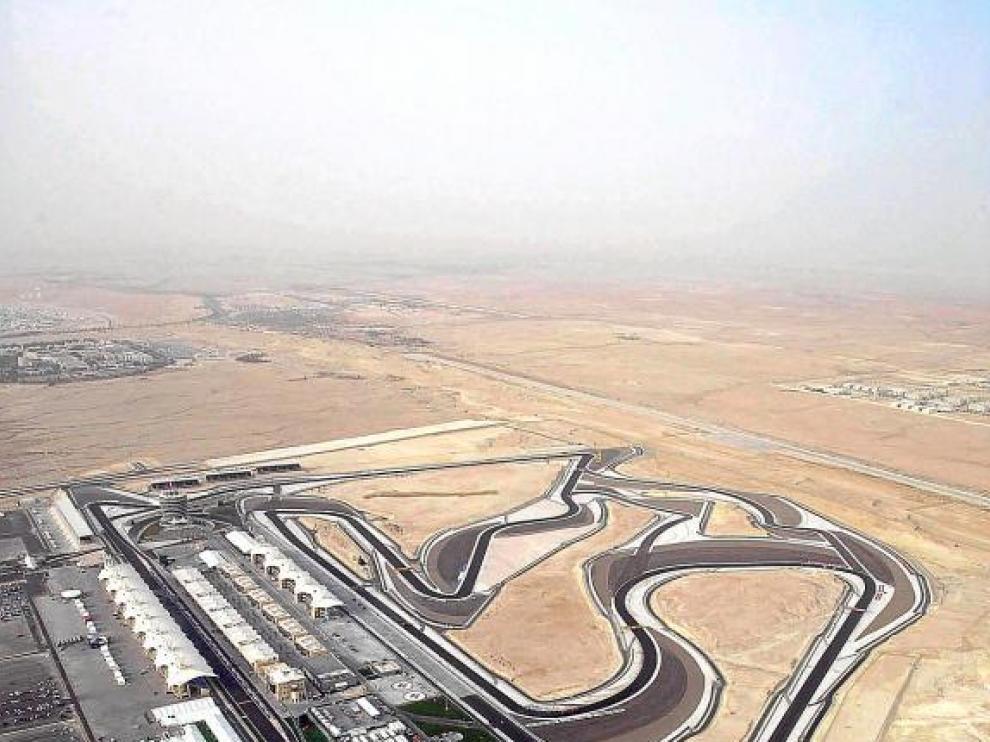 Imagen aérea del circuito de Sahkir, en Bahréin, donde se iniciaba el Mundial de Fórmula 1.