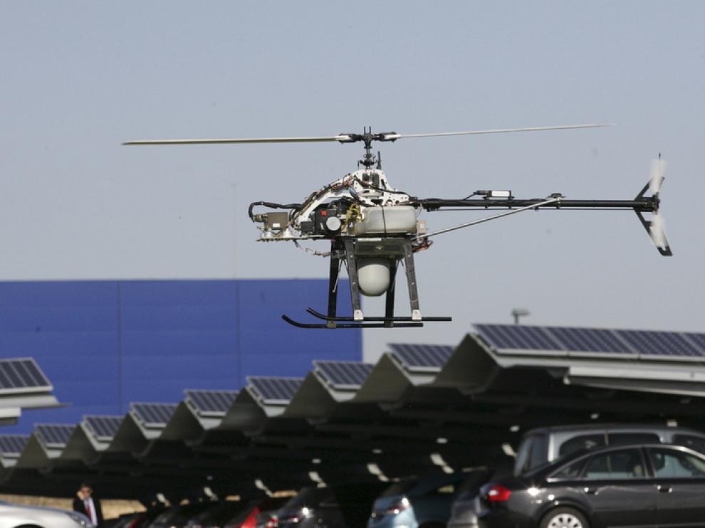 Vuelo de prueba del prototipo de un minihelicóptero para prevención de incendios