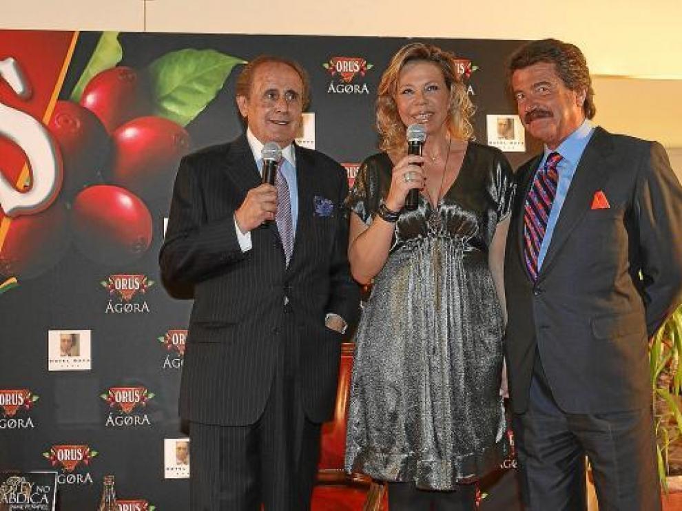 Jaime Peñafiel, Mari Cruz Soriano y José María Marco.