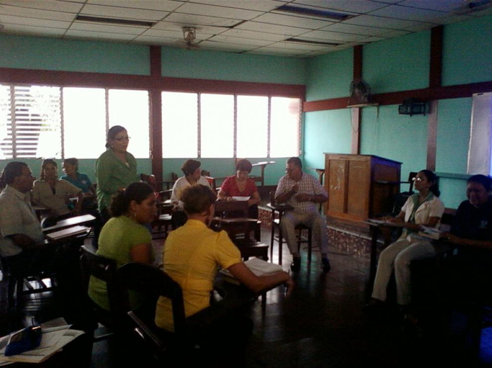 Una clase de educación de adultos en León (Nicaragua)
