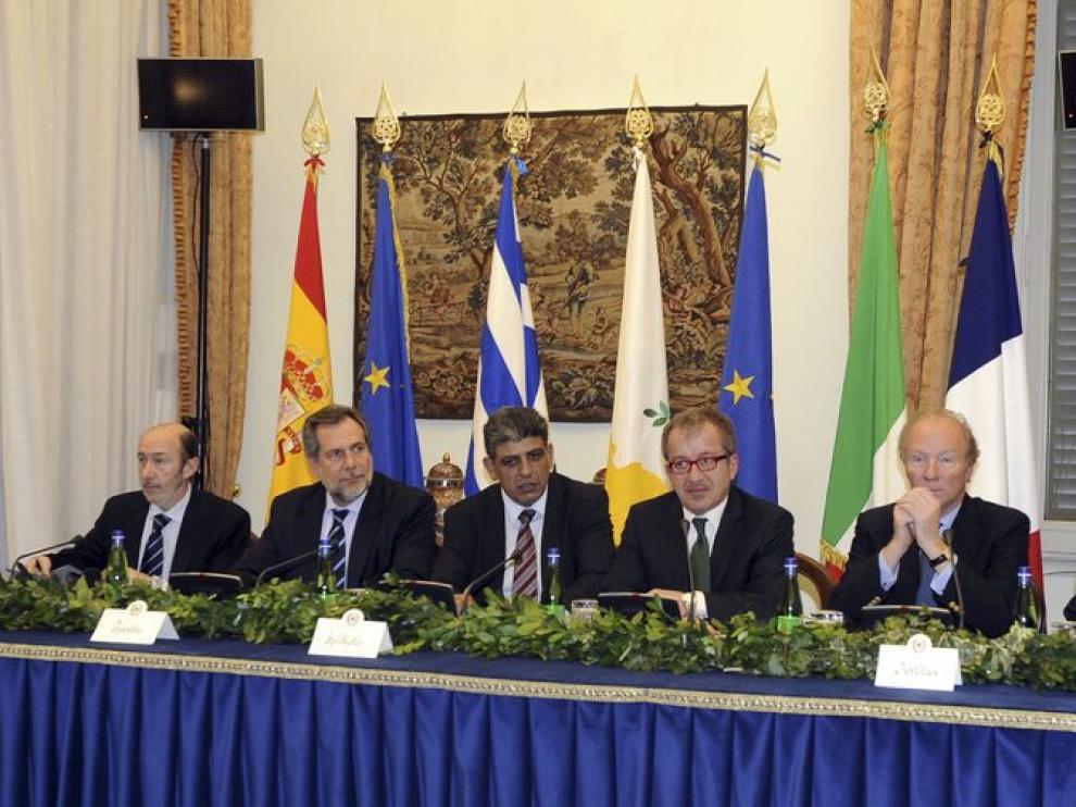 Rubalcaba y otros ministros de Interior de la UE.