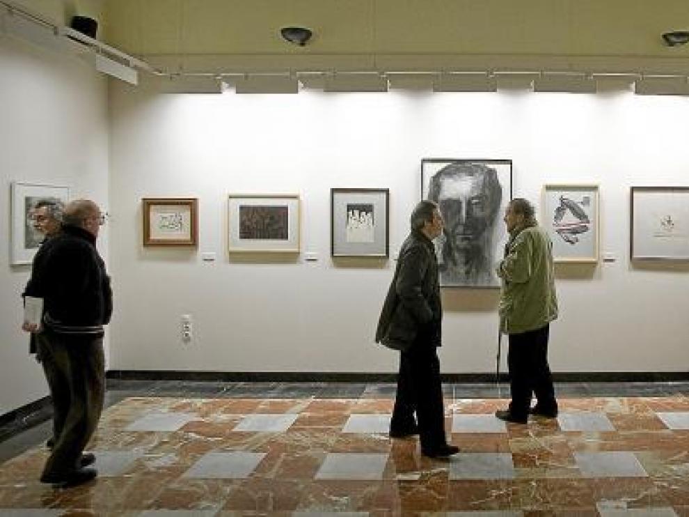 Vista de una exposición en el palacio de Montemuzo.