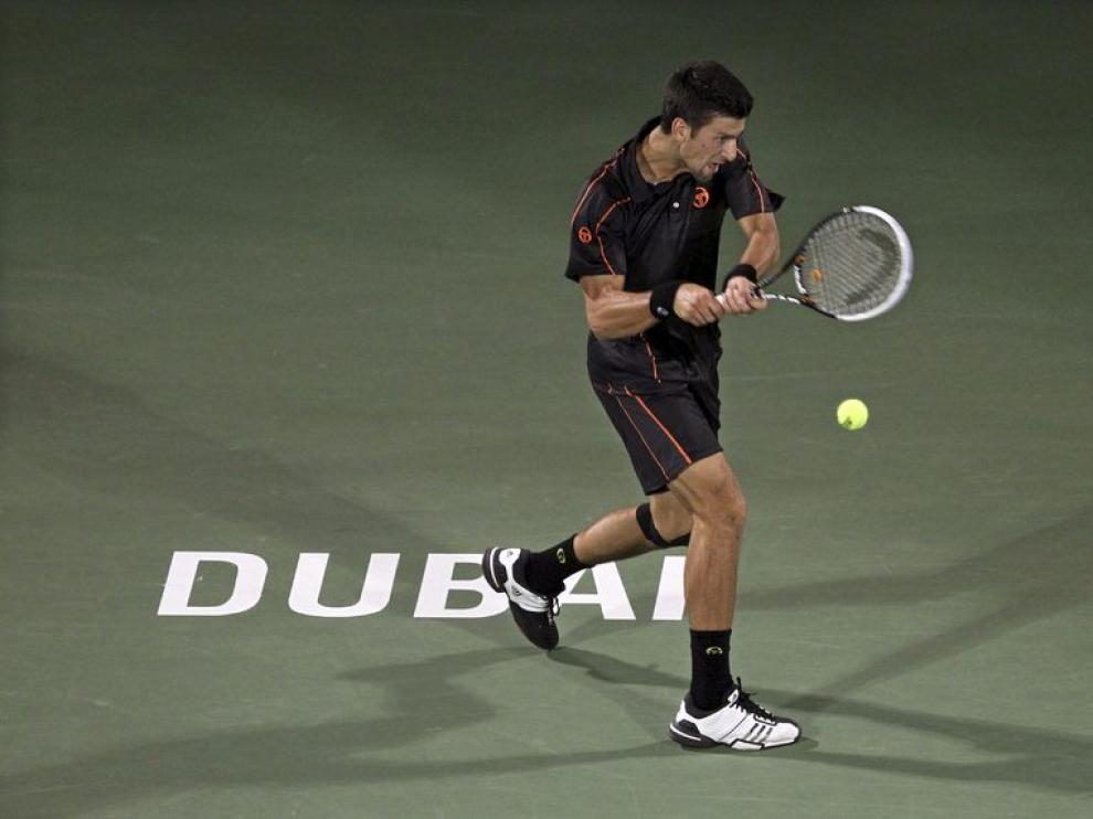 Djokovic vuelve a vencer a Federer en Dubai