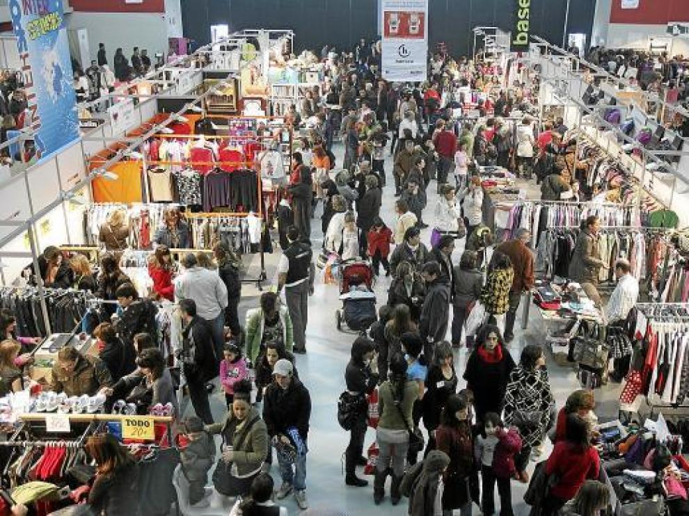 Una de las ediciones de la Feria de Stocks de invierno en Huesca.