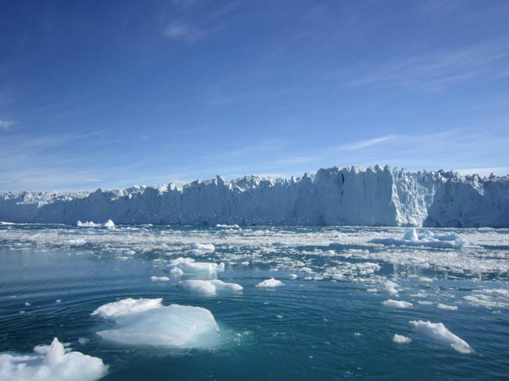 Una vista del deshielo al oeste de Groenlandia