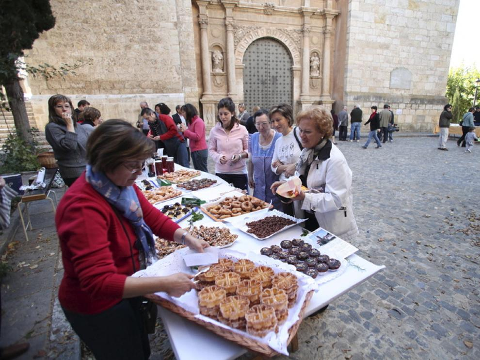 Uno de los actos que se realizó en octubre en Burbáguena para promocionar la campaña 'Apadrina una piedra'