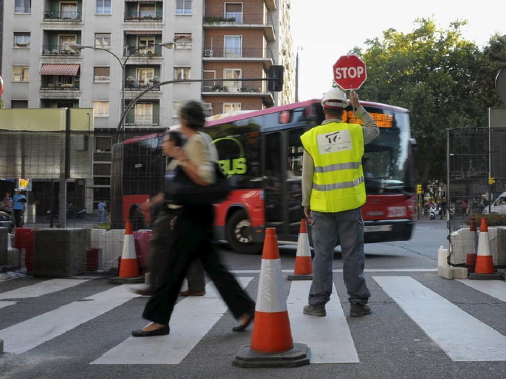 Desvío de un autobus por unas obras.