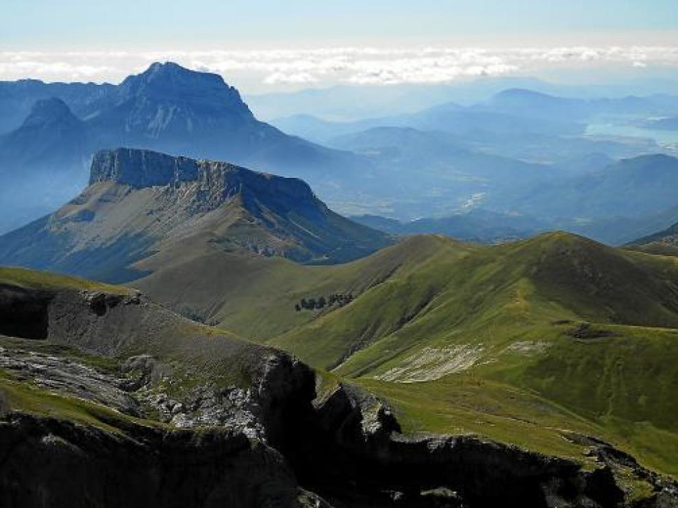 El interés natural de los Pirineos se desborda de los límites de protección del Parque Nacional de Ordesa.