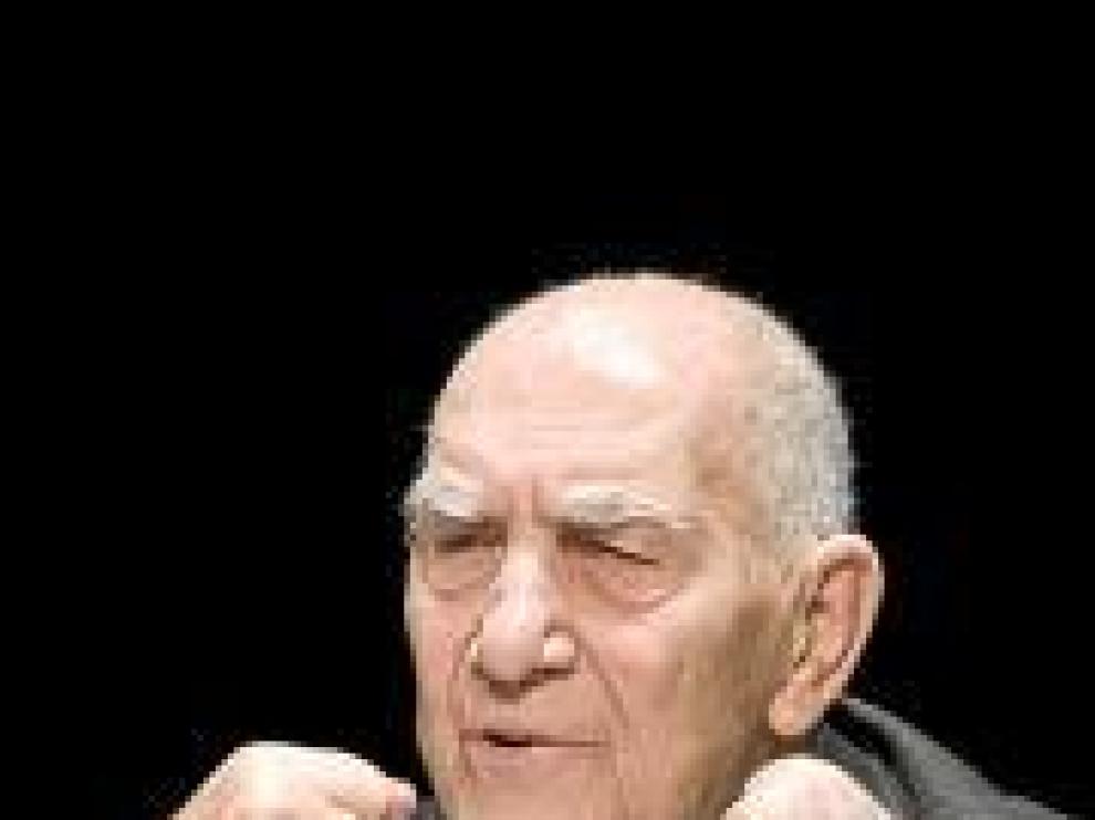 El autor, Stepháne Hessel.