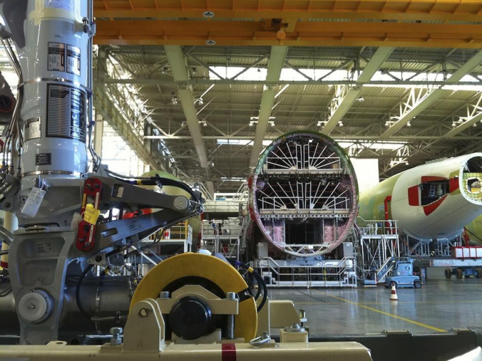 El sector aeronáutico precisa piezas de grandes dimensiones y altas prestaciones. Proceso de fabricación de un avión Airbus