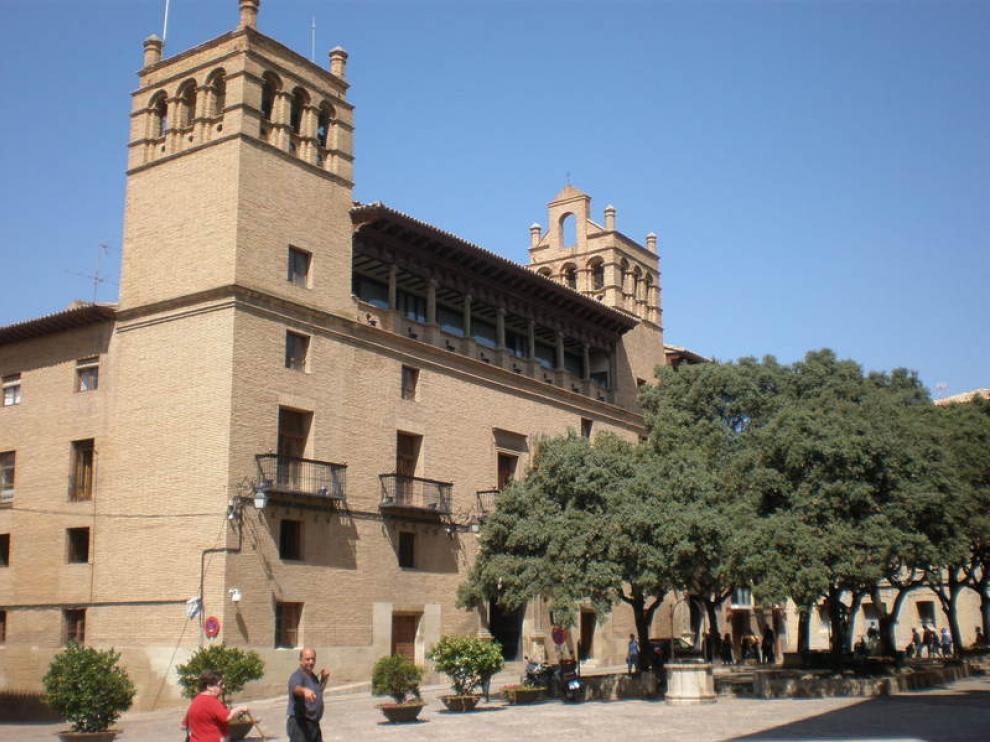 Imagen de archivo del edificio del Ayuntamiento de Huesca