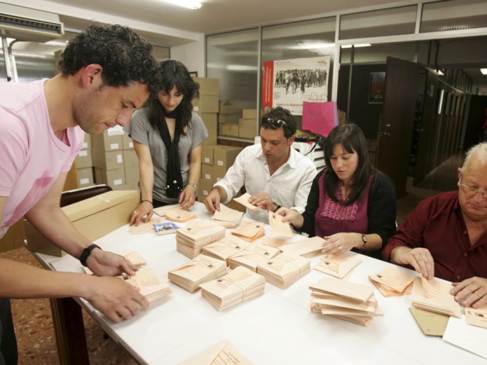 Diecisiete partidos concurren en las elecciones autonómicas de Aragón
