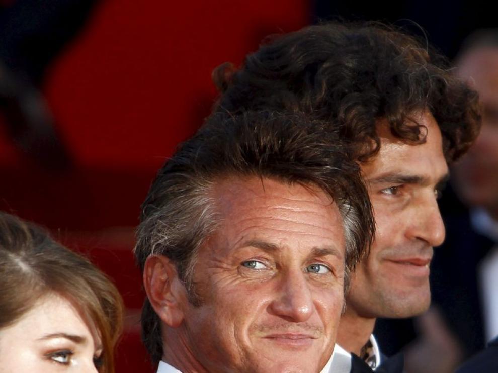 Sean Penn y el equipo de 'This must be the place'