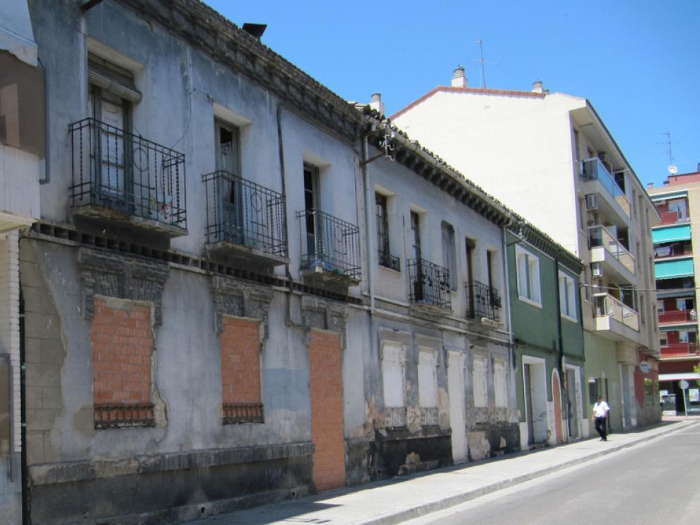 Casas del barrio de Jesús pendientes de derribo, y algunas de ellas ocupadas.