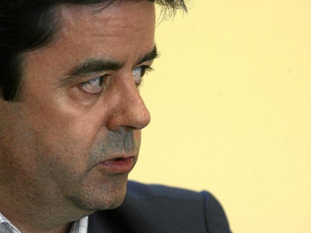 Luis Felipe asumió la alcaldía en julio de 2010, pero las urnas han decidido que el día 11 le dé el relevo a la popular Ana Alós.
