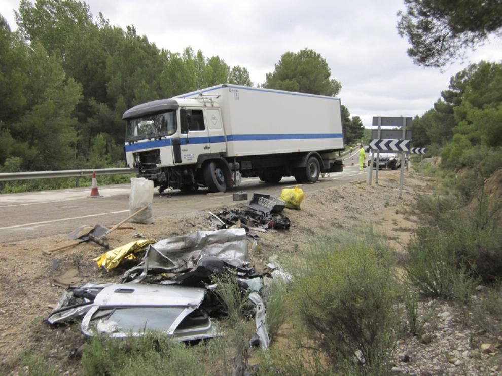 El choque de los vehículos obligó a cortar la vía durante tres horas.