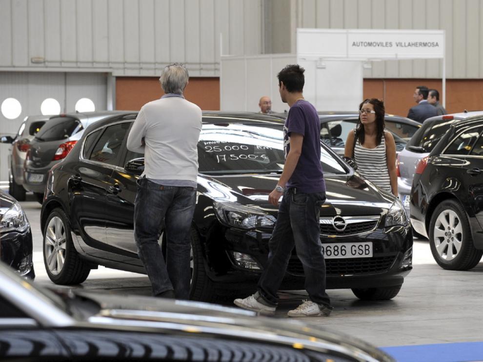 Cincuenta concesionarios muestran vehículos de ocasión en Feria de Zaragoza