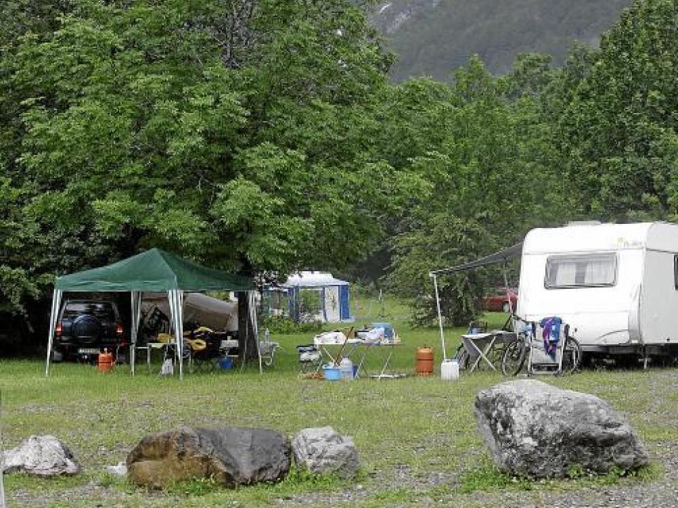 Imagen tomada en la zona de acampada de Pineta el pasado verano.