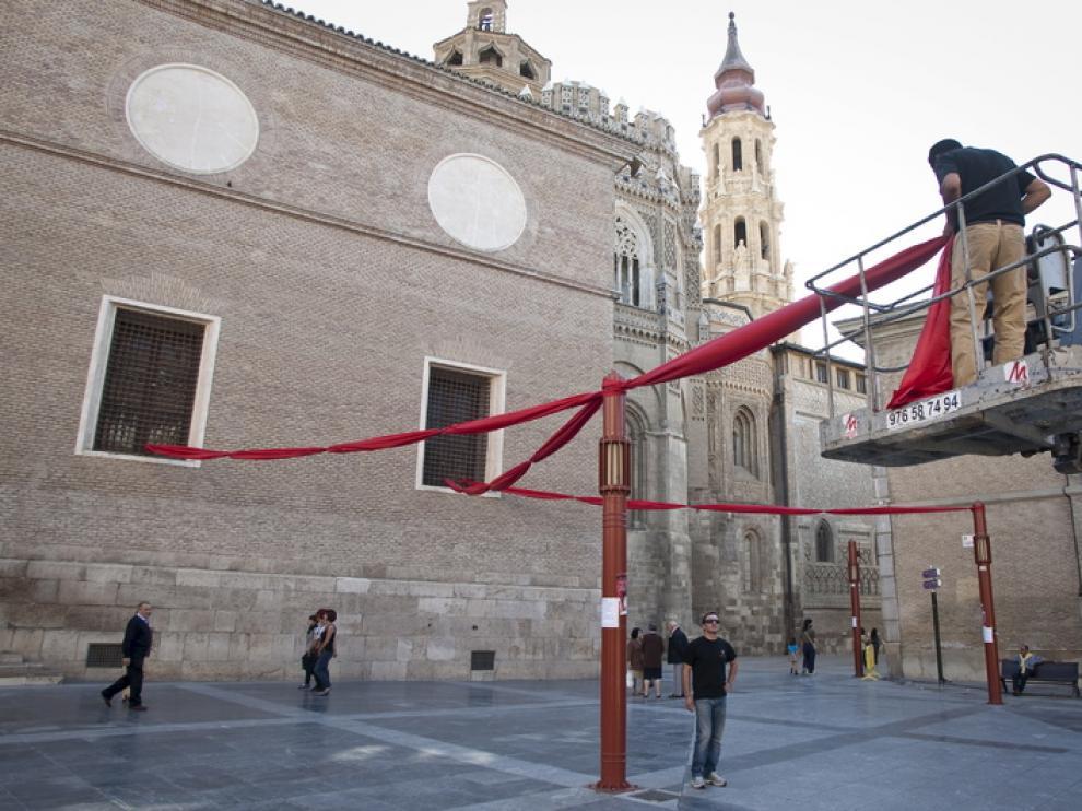 Zaragoza se prepara para su mercado medieval