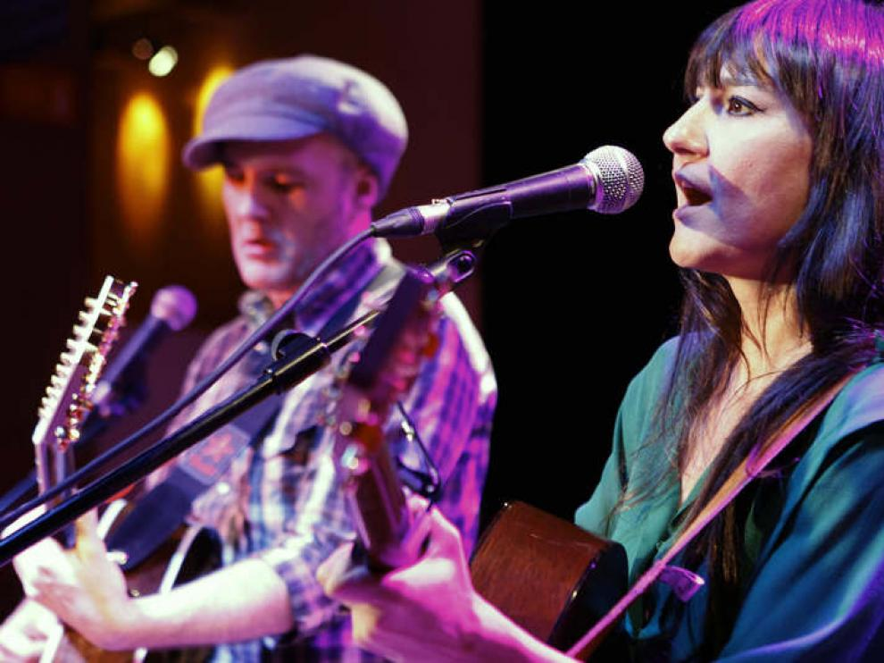 Eva Amaral y Juan Aguirre en concierto
