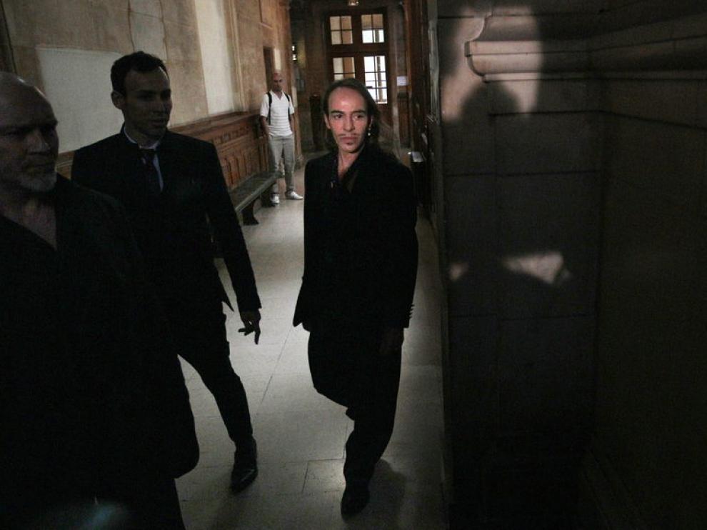 John Galliano, a su llegada a un juzgado parisino