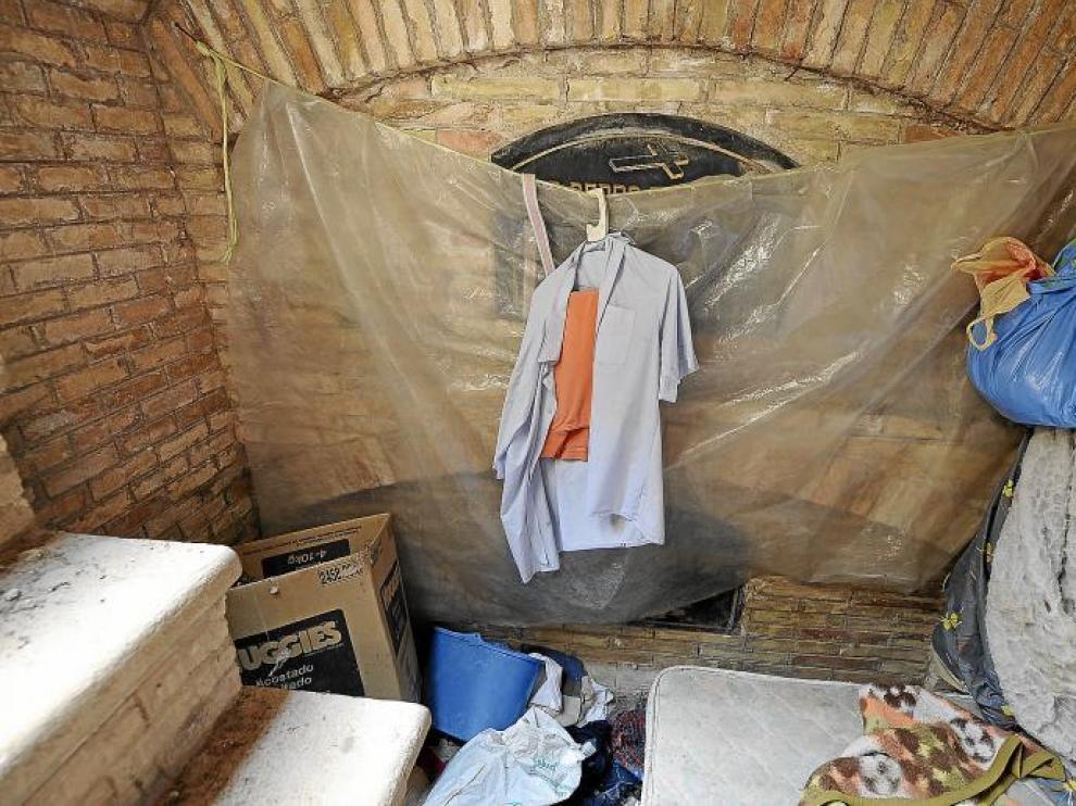 Mausoleos abiertos para evitar las humedades.