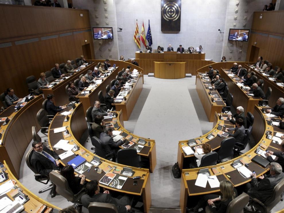 Pleno de las Cortes de Aragón, en imagen de archivo