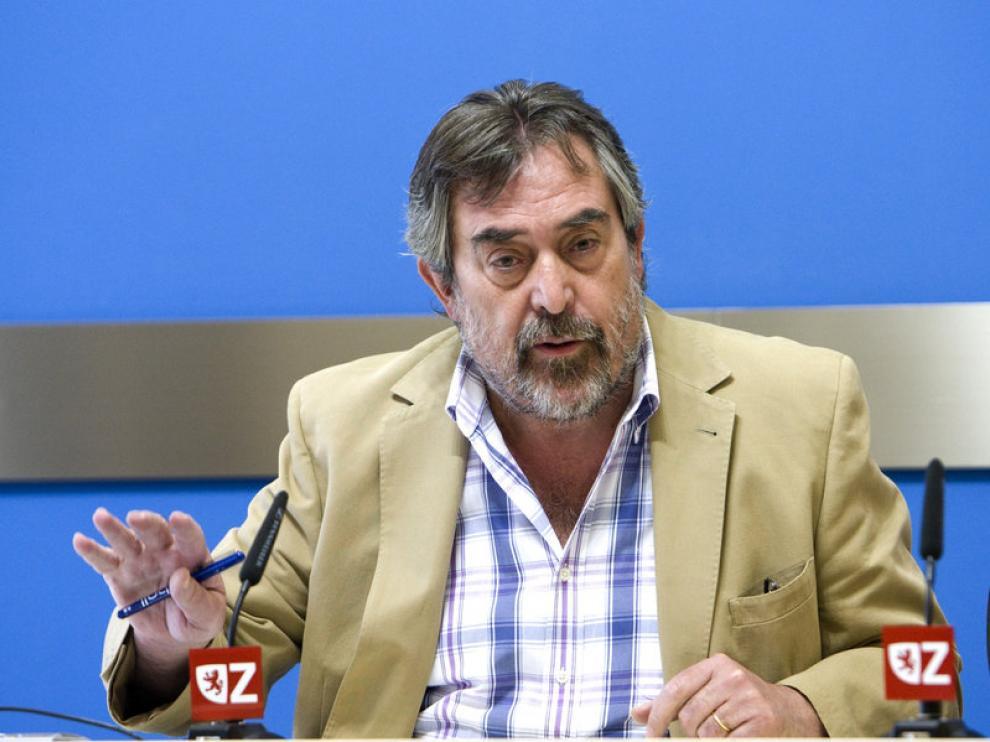 Juan Alberto Belloch, durante la rueda de prensa de esta mañana