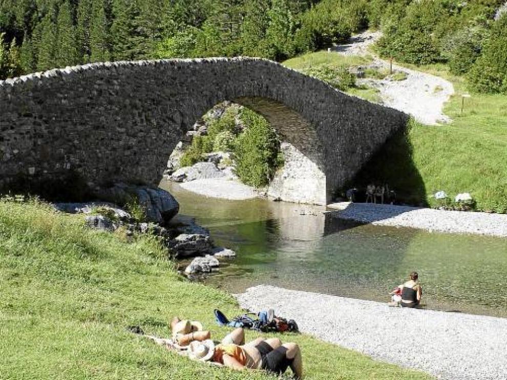 Las bajas temperaturas de julio han alejado a los turistas de Aragón