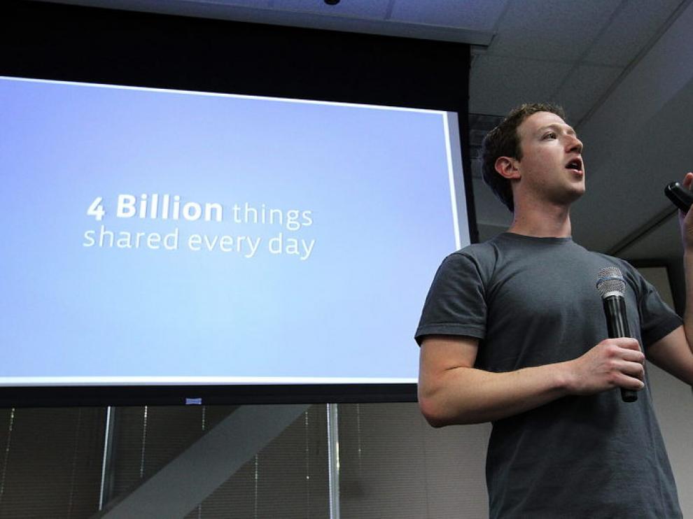 Zuckerberg ha anunciado ante la prensa las novedades que integrará Facebook