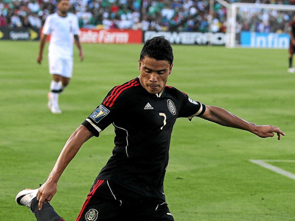 Pablo Barrera con la camiseta de la Selección mexicana
