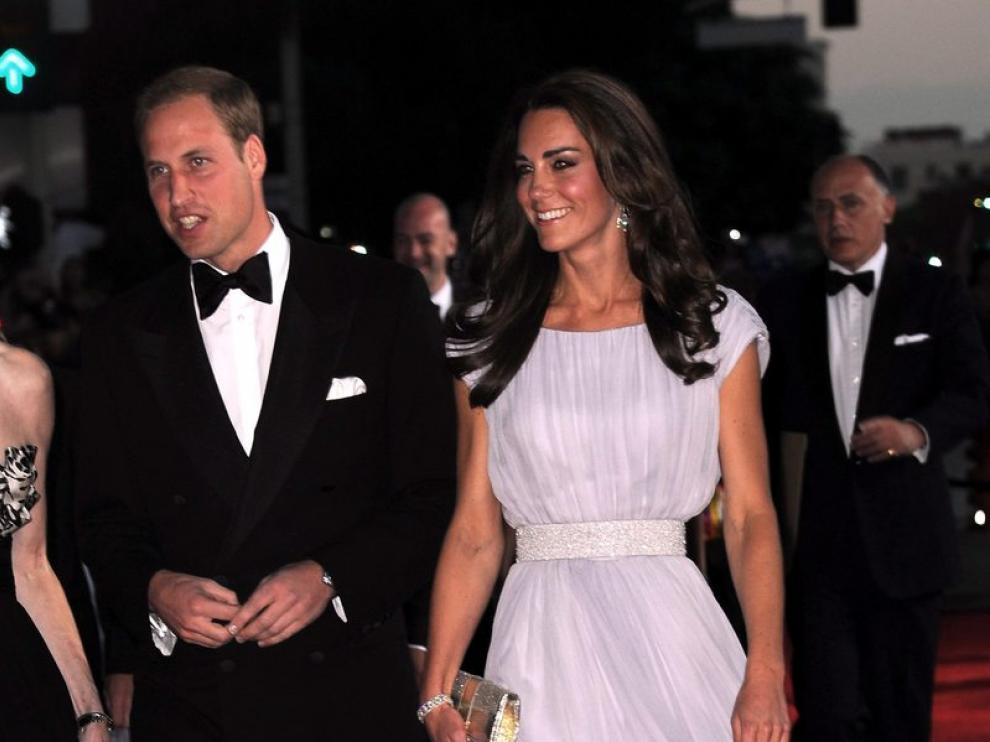 Los duques de Cambridge llegan a la fiesta