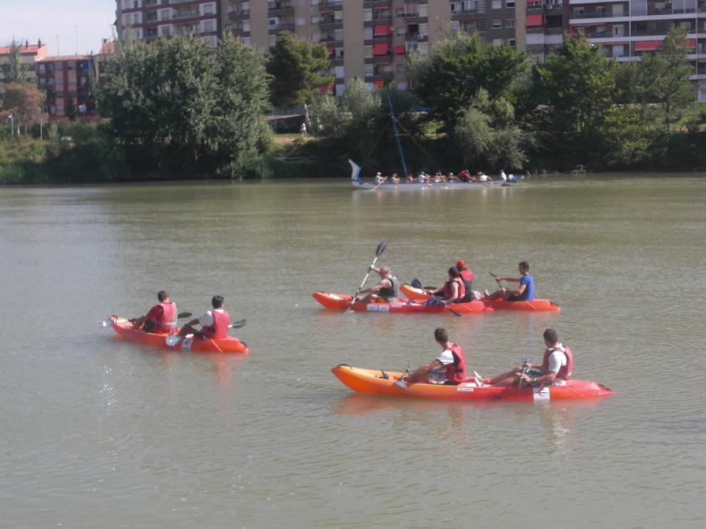 Cursos de piragüismo por el Ebro